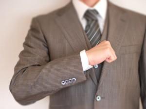 スーツのテカリ